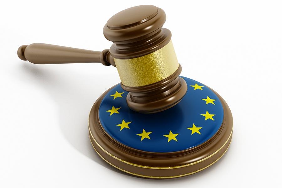 Tribunale Ue: dal 1° dicembre, scambio documenti giudiziari solo tramite e-Curia