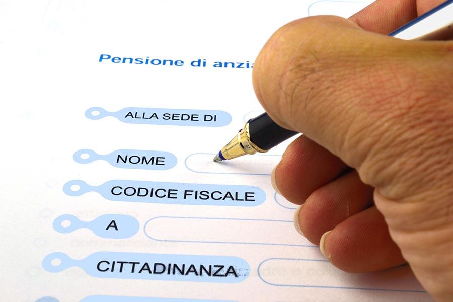 Pensione di anzianità: si ottiene solo dopo la cessazione del rapporto di lavoro