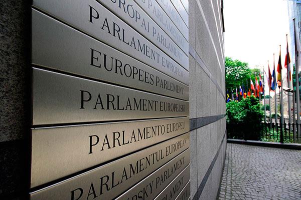 Direttiva Copyright. Sì del Parlamento Ue