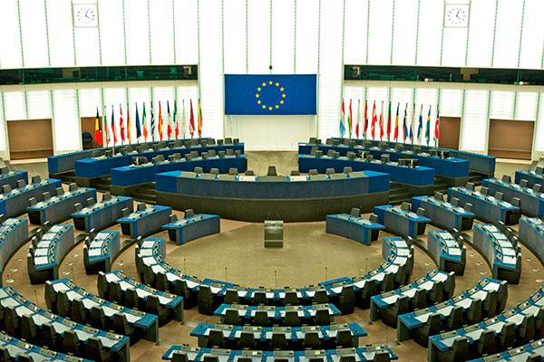 Professioni regolamentate, sì alla risoluzione sulla direttiva per il test di proporzionalità